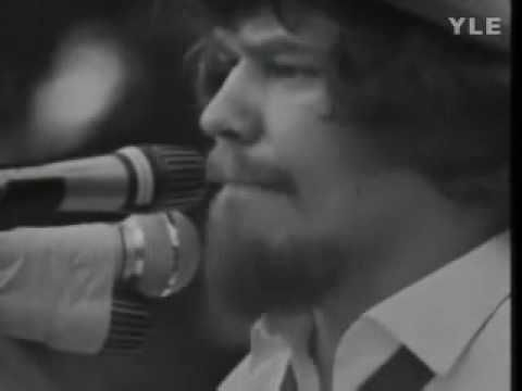 M A Numminen: Olen Nähnyt Helga-Neidin Kylvyssä (live 1972)