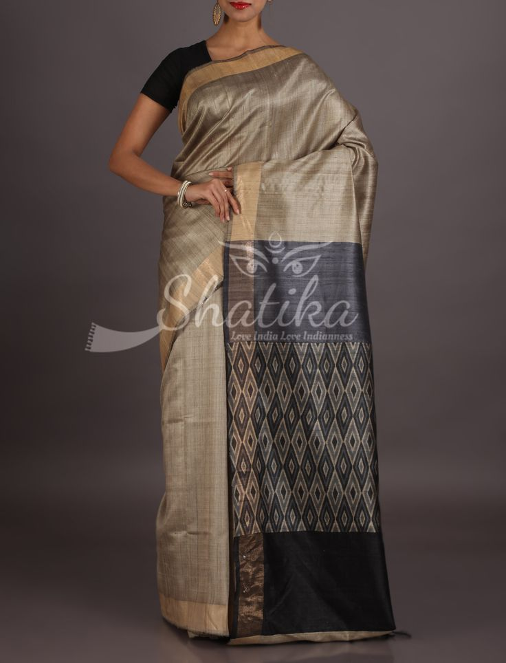 Aruna Beige With Steel Grey Dazzling Diamonds Pallu Madhubani Art Saree