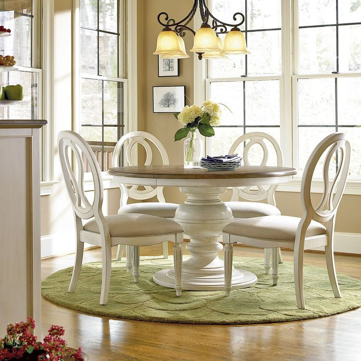 Universal Furniture Summer Hill 5 Piece Pedestal Dining Set With Pierced Back Chairs Cotton
