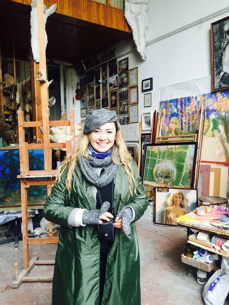 Angie in Ivan Szkok's (http://szkokivan.hu) studio spontaneously :) on our latest art-nouveau tour.