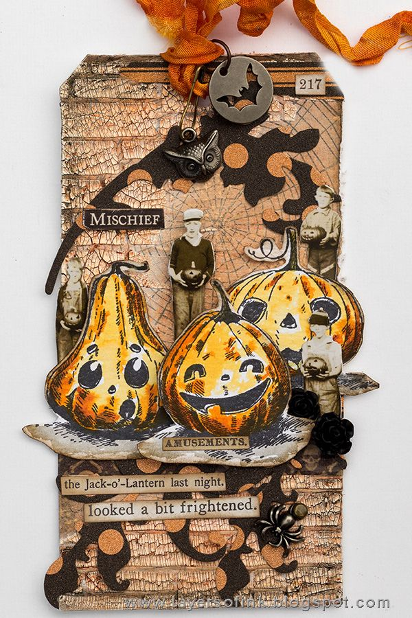 Layers of ink - Shimmer and Shine Halloween Tutorial by Anna-Karin. Made for the Simon Says Stamp Monday Challenge Blog, Shimmer and Shine theme. Stamps, dies, and idea-ology embellishments by Tim Holtz, Sizzix and Stamper's Anonymous. Ranger inks and media.