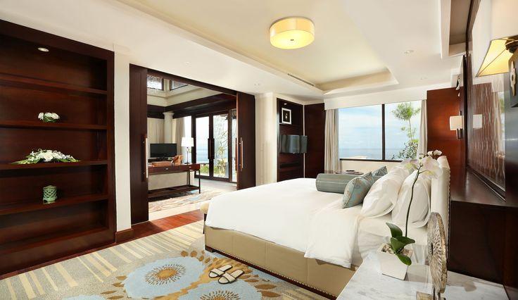 villa bedroom with panoramic ocean view