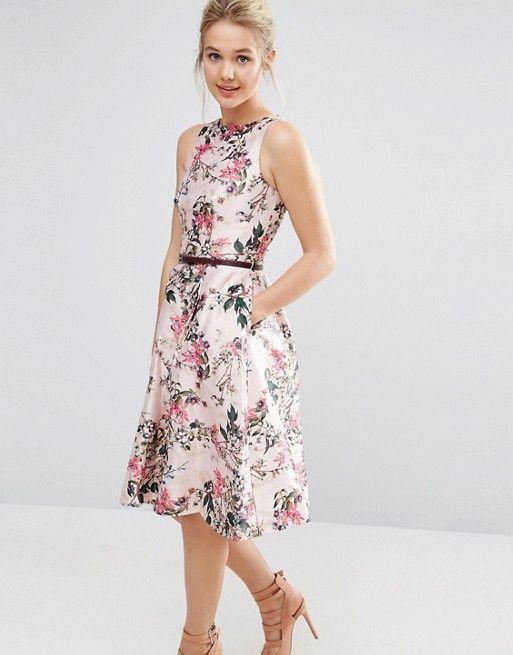 https://perteche.wordpress.com/ Visita il mio blog per trovare il vestito da indossare a una cerimonia di matrimonio a cui sei stata invitata Wedding Dress Dresses Guest Look Bridesmade Damigella