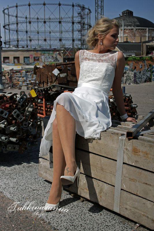 Dress: Emilia by Heidi Tuisku, Photo: Emma Nikkanen, Model: Kati, Hair: Emma Nikkanen, Makuup: Kati Kuhlberg
