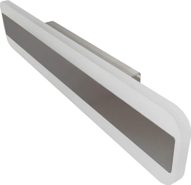 Modern, practic si economic este acest CORPUL LED BAIE 12W 8219 iti da lumina de calitate acolo unde iti doresti lumina din plin. Cu un design placut si consum de doar 12W, produsul are suplimentar o folie de oglinda care poate fi utilizata optional.