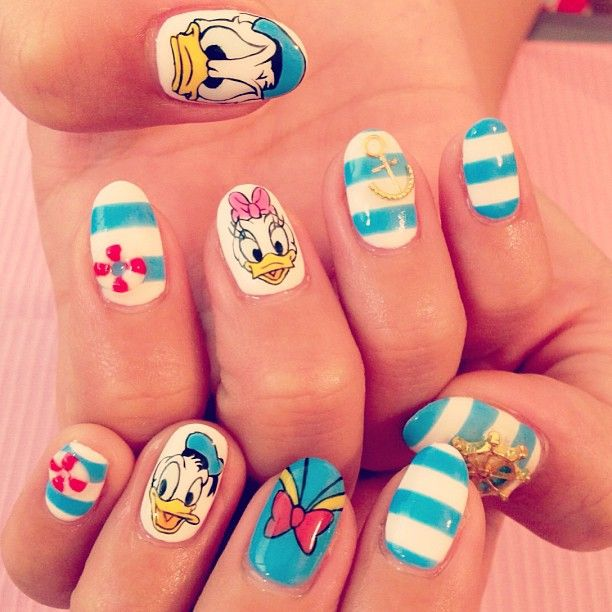 17 Of Your Favourite Disney Characters As Nail Art | The Nail Room - 27 Best Duck Nail Art Tutorial & Video Gallery By Nded Images On