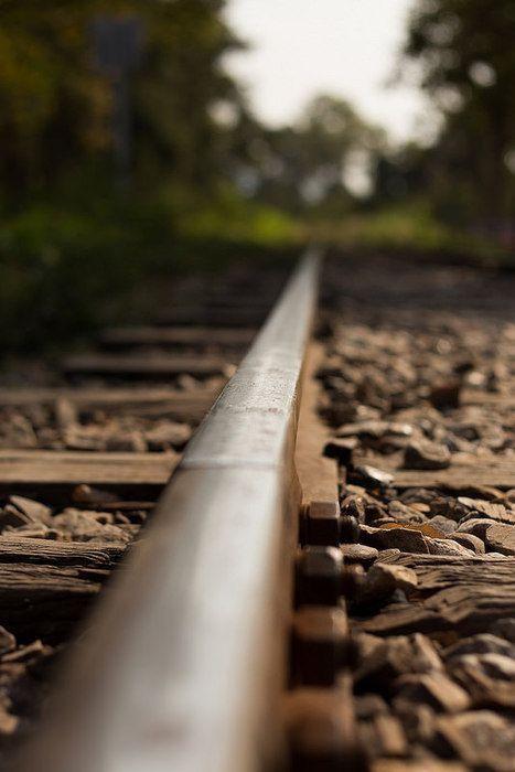Linha do trem 467 X 700
