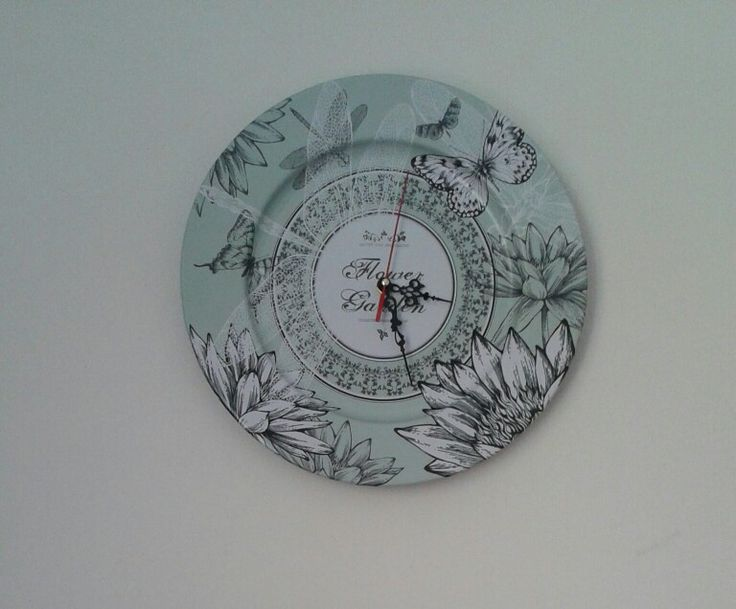My second DIY clock from a tin plate