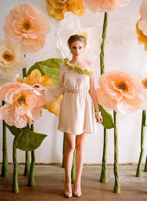 "Giant paper flower tutorial. Make up a ""garden-full"" and line the walls of the venue. - Click image to find more Weddings Pinterest pins"