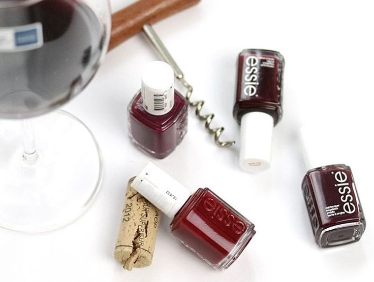 Uncork a positively intoxicating mani with a 'bordeaux' mani -- a deep red wine nail polish from essie. everybody's under the influence of this vintage beauty bottled at chateau gorgeous. Shop your favorite essie red shades: http://www.essie.com/Colors/reds.aspx