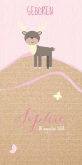 Trendy geboortekaartje voor de geboorte van een meisje met een kartonnen achtergrond. Met een lieve illustratie van een hert in het bos.
