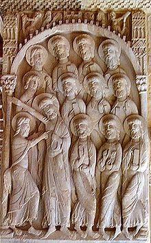"""Escultura románica. Relieve representando la """"Duda de Santo Tomás"""", en el Monasterio de Santo Domingo de Silos."""