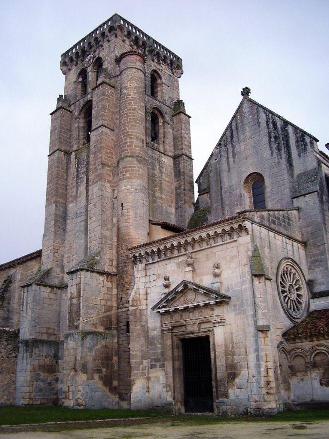 Monasterio de Santa María la Real de Las Huelgas (Burgos) by Lumiago Spain.