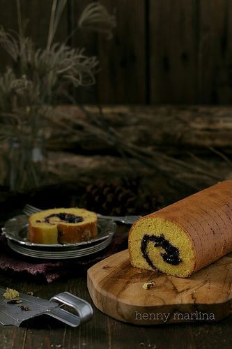 Blueberry Roll Cake | by henny_mh