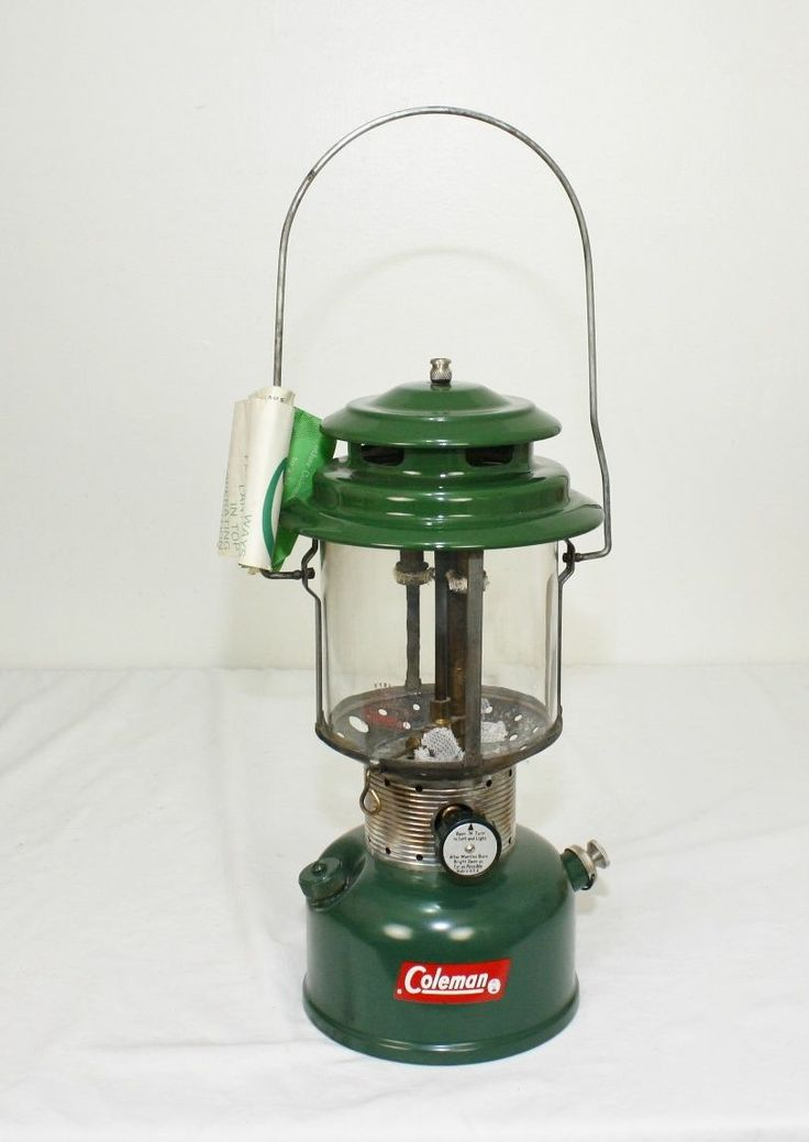Vintage 1964 Coleman Gas Fuel Lantern Lamp Dual Double Mantel 220F 228F G205