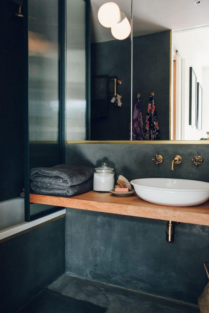 Bathroom Of The Week A Moody Tadelakt Bath In London Badezimmer Innenausstattung Badezimmer Einrichtung Tolle Badezimmer
