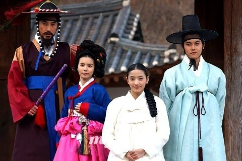 """Sassy Girl Chun-hyang(Hangul:쾌걸 춘향;RR:Koegeol Chunhyang; lit.Delightful Girl Chun-hyang) is a 2005 South Korean television series starringHan Chae-young.It aired onKBS2for 17 episodes. A modern retelling of the classic Korean folktaleChunhyangjeon(""""Tale of Chunhyang""""),theromantic comedyseries was called """"fusion-style"""" for, among others, mixingrapwithpansoriin the background music."""