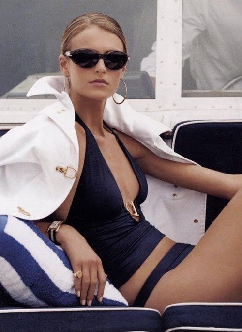 Capri Style      http://sulia.com/channel/fashion/f/25c917e4-b71c-4902-b709-dc6929a2643e/?source=pin&action=share&btn=small&form_factor=desktop&sharer_id=125430493&is_sharer_author=true&pinner=125430493