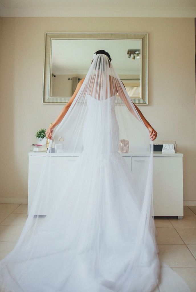 Classic & Timeless!! x Beautiful Pure Silk Cathedral Veil