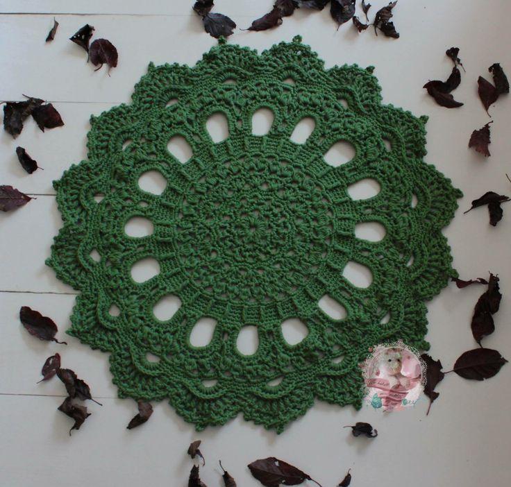 Crochet Doilyrug  Pattern by Patricia Kristoffersen