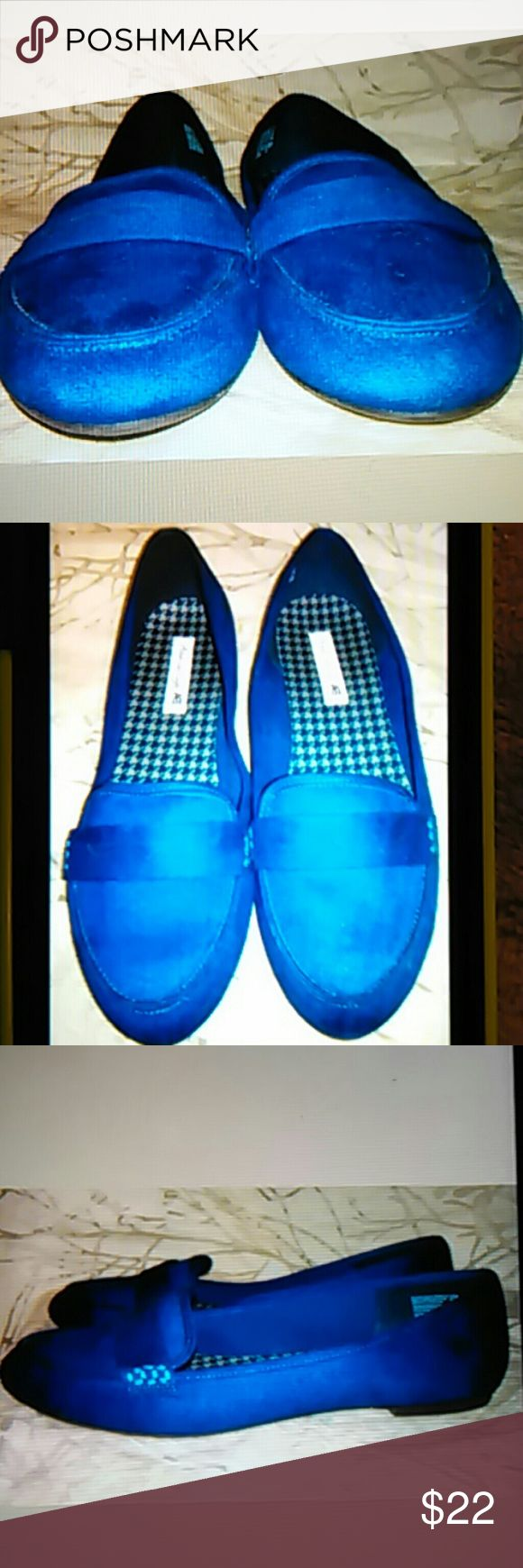 AMERICAN EAGLE BLUE LOAFERS SIZE 11 M These shoes are in EXCELLENT condition. Please view ALL photos. Thanks ! #170 AMERICAN EAGLE Shoes Flats & Loafers