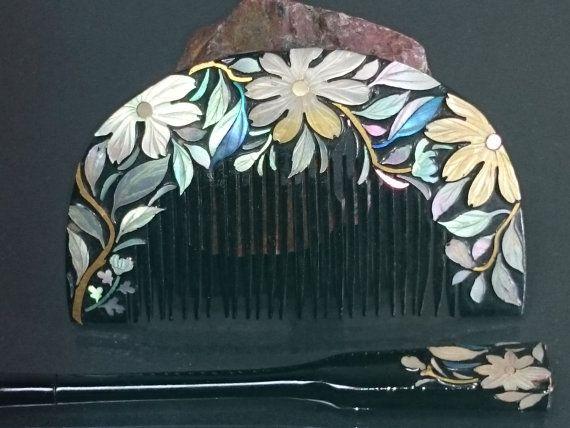 "Vintage Lacquering Hair comb ""Kushi"" and ""Kogai"" /   Geisha hair combo  /Japanese vintage / Japonism  / Japón"