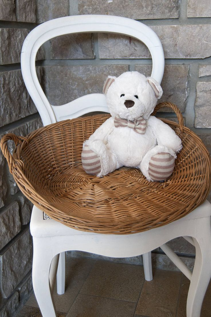 Vintage wicker basket made in France. This french basket can be used as a bakery basket in the kitchen!