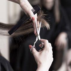 Taglio dei capelli: il calendario lunare