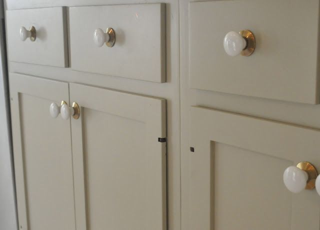 "Cabinet Paint: Farrow and Ball ""Old White"""
