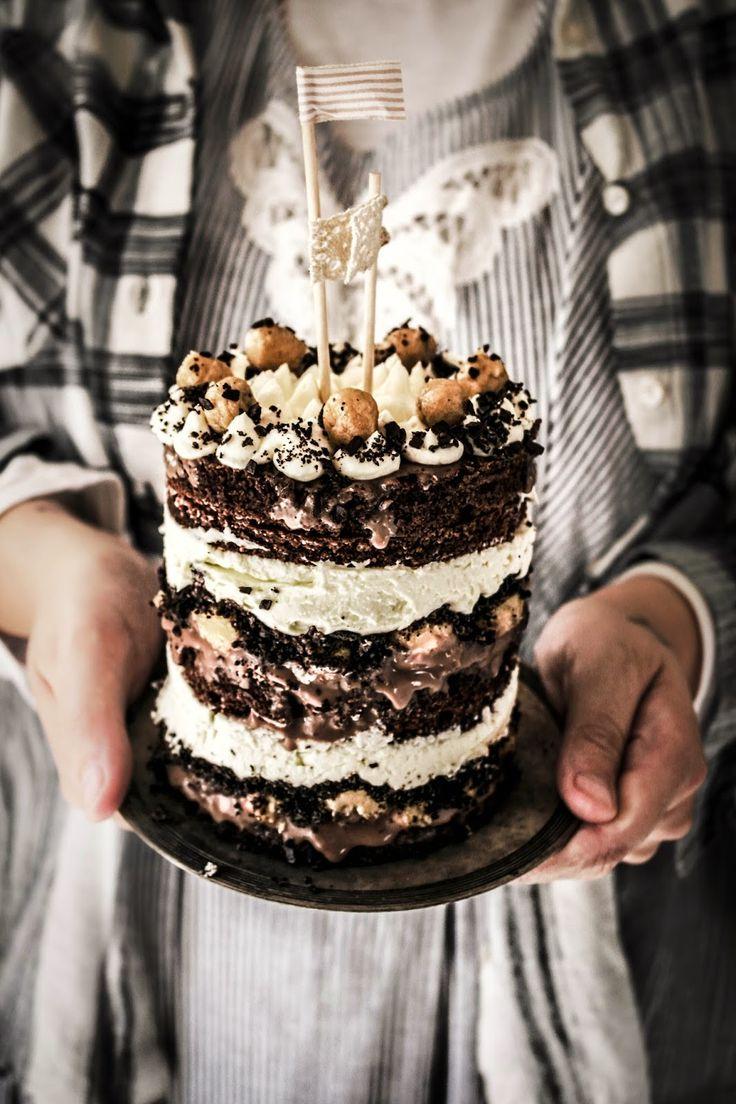 momofuku inspired cookie dough chocolate cake
