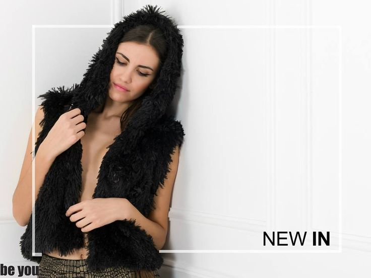 Hoods up and wrap up in a fluffy vest! γιλέκο > https://goo.gl/xsGHHy κολάν > https://goo.gl/Wz8ga6  #fauxfur #vest #beyoucomgr #warmup #newarrivals
