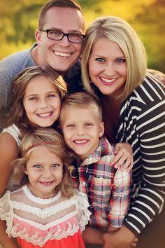 Family Of Five Photo Ideas, Family Pics, Family Pictures Of Five, Outdoor Family Fall Pictures, Family Pictures Large, Family Of Five Poses, Family Posing ...