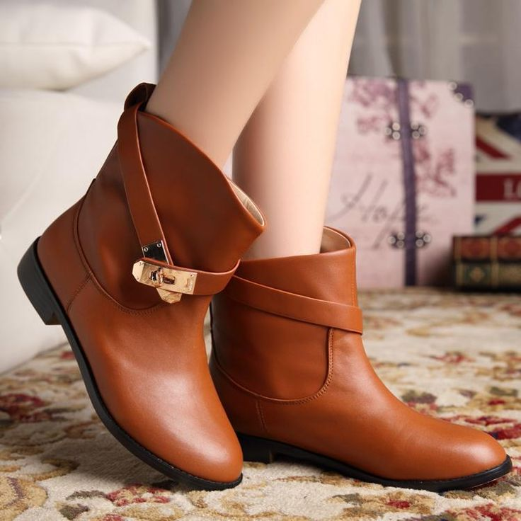 Flat Leather Ankle Buckle Boots Black/Khaki