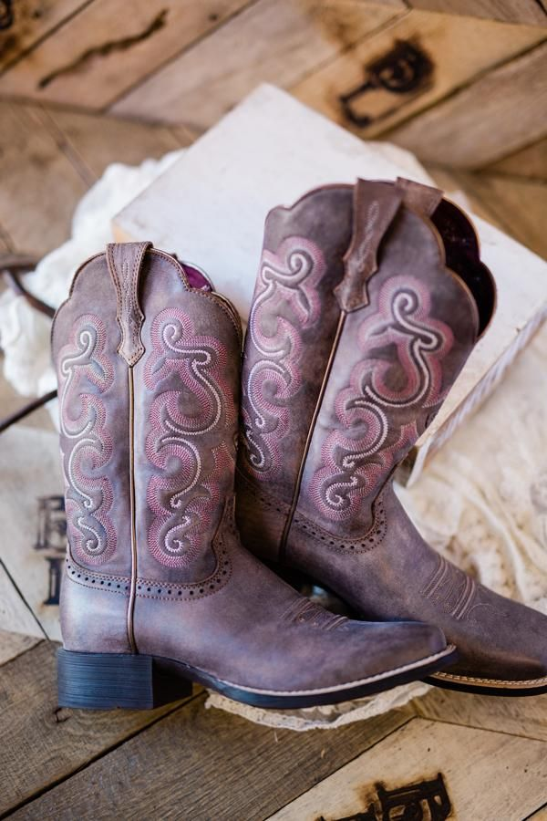 1b048544e8e Ariat Tack Room Quickdraw Boots in 2019 | Only Look Down to Admire ...