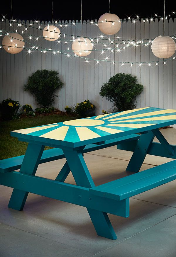 DIY Sunburst Painted Picnic Table