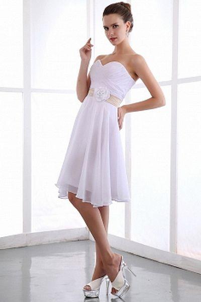 Modern Spaghetti Strap A-Line Wedding Dress wr0193 - http://www.weddingrobe.co.uk/modern-spaghetti-strap-a-line-wedding-dress-wr0193.html - NECKLINE: Spaghetti Strap. FABRIC: Taffeta. SLEEVE: Sleeveless. COLOR: White. SILHOUETTE: A-Line. - 132.59