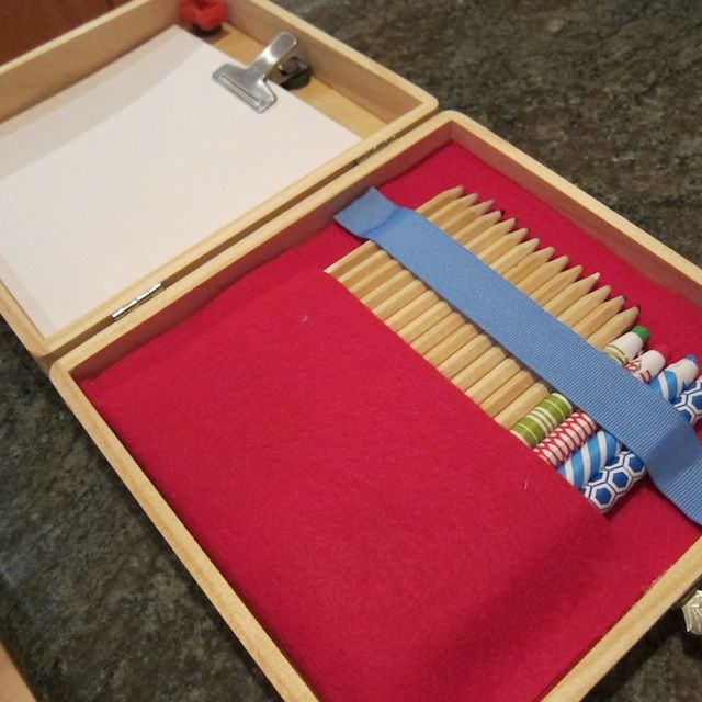 CRAFTS :: DIY Travelling Art Kit Tutorial :: LOVE this idea for kids (or adults lol)...Super easy, no sew. You could use a wooden box (Michael's sells these plain ones for cheap) or how 'bout a pretty cigar box? (If you go into a cigar store, they usually will give them to you for under 5 bucks if not for free if you ask real nice :) | #artkit #kiwicrate