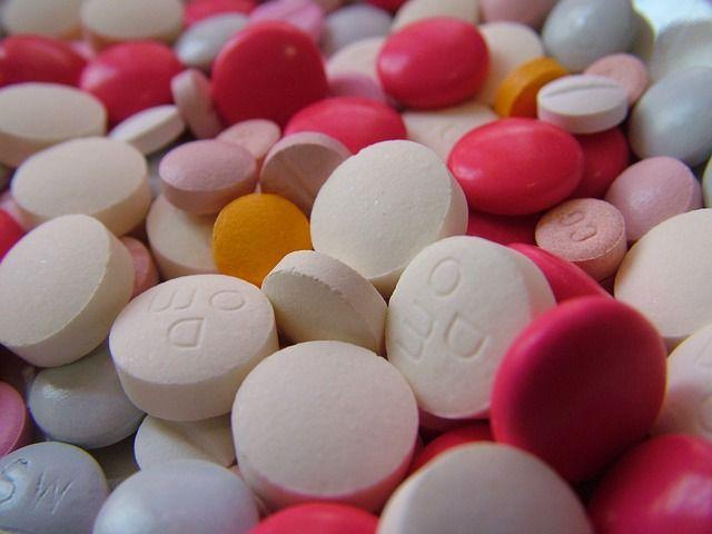 Resumen de los tratamientos para la enfermedad de Alzheimer, tanto farmacológicos como no farmacológicos, que se usan actualmente.
