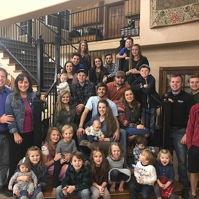 Duggar Thanksgiving 2017 - Everyone suspects that Joy Anna is about to deliver, which is why she and her husband were not pictured.  Some of the boys appear to be missing as well.