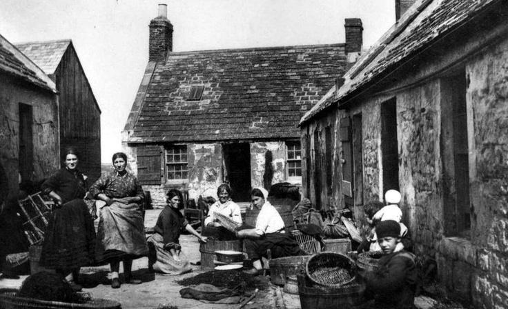 Scotland    Fisher Folk And Cottages photographs.blogspot.com