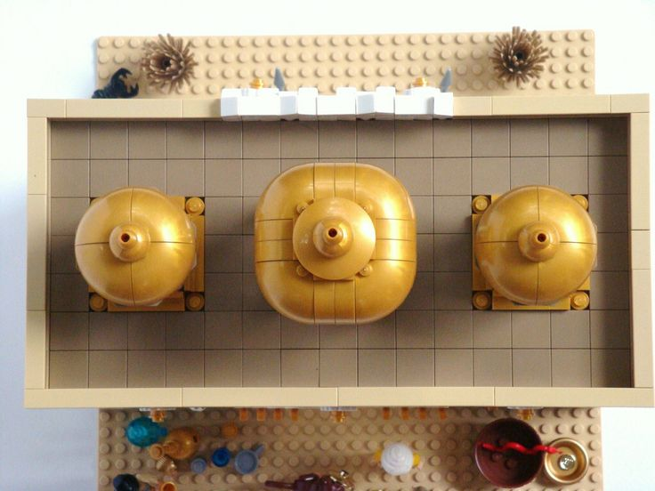 LEGO Prince of Persia MOC - Alamut Gate - Bird's-eye view of the golden domes