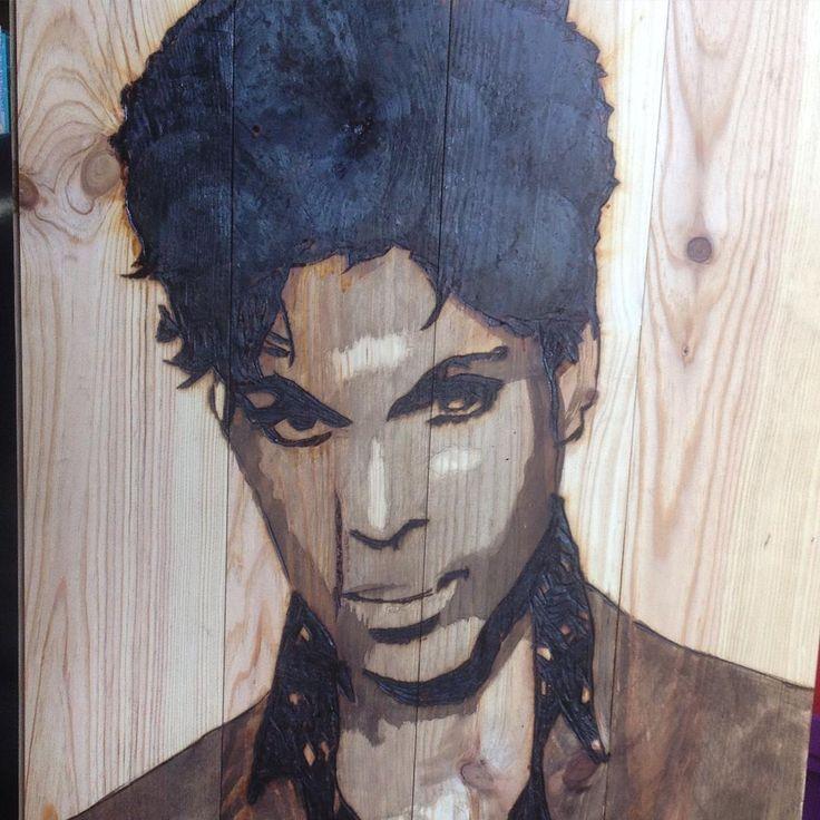 """59 mentions J'aime, 1 commentaires - BvLn (@bvln49) sur Instagram: """"En cours #prince #art #portrait #music #bruluresurbois #bvln #vannes Brulure et gravure sur bois BvLN 2017"""