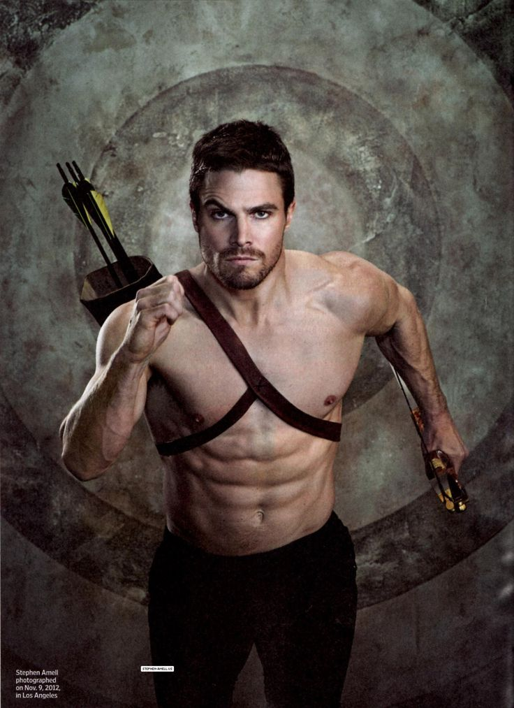 ARROW Star Stephen Amell may play a comic book hero but his fitness dedication is real. #fitnessrequired