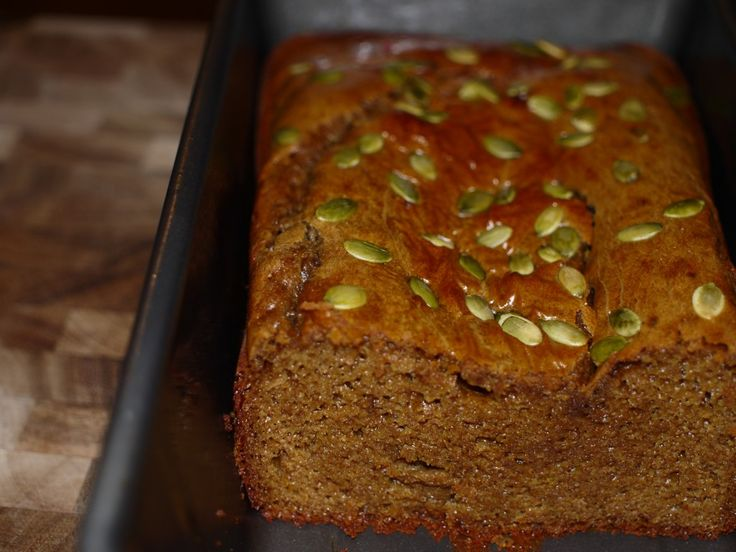 Spiced pumpkin bread  •	1 cup of nut butter (I used almond)  •	3 large eggs  •	½ cup roasted pureed pumpkin  •	¼ cup raw honey  •	4 tbsp butter  •	1 tsp baking soda  •	1 tsp cinnamon  •	½ tsp nutmeg  •	½ tsp ground ginger  •	Shelled pumpkin seeds for decoration  •	Coconut oil for loaf pan