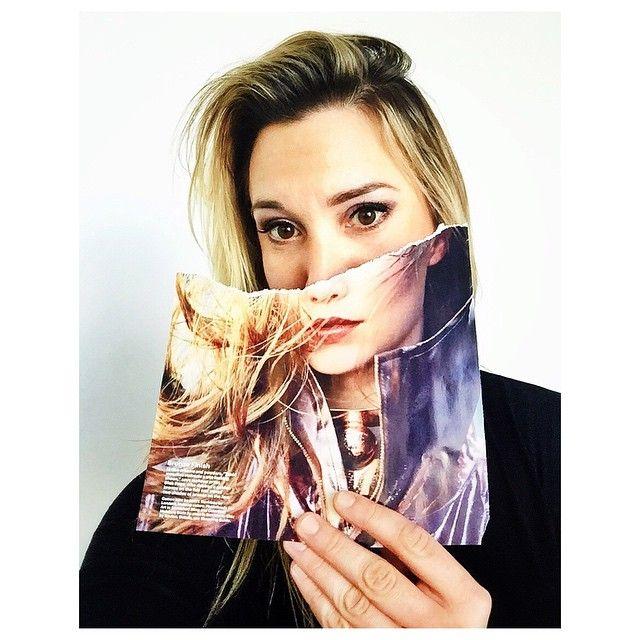 #ITGTopShelfie: Kirsten Chilstrom, Digital Photo Editor, Allure
