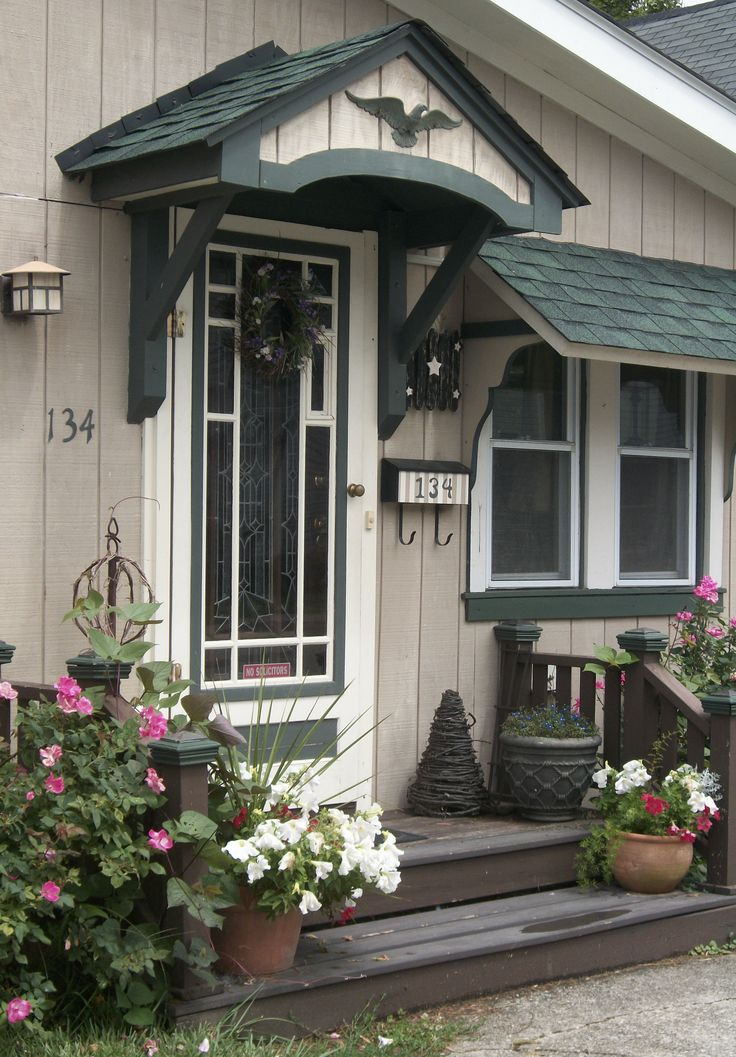 17 best images about front stoop on pinterest san diego for Front door stoop ideas