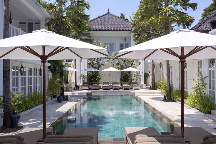 Blue And White Hotels Travelshopa Guides Bali House The Colony Hotel Hotel