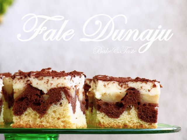 "Polish cake ""Fale Dunaju / Dunabe Waves"" with pudding cream and apples"