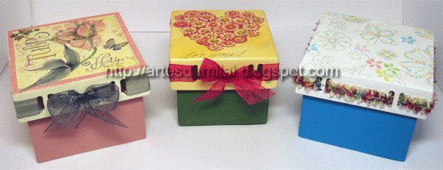 Mini caixas com decoupage e fitas