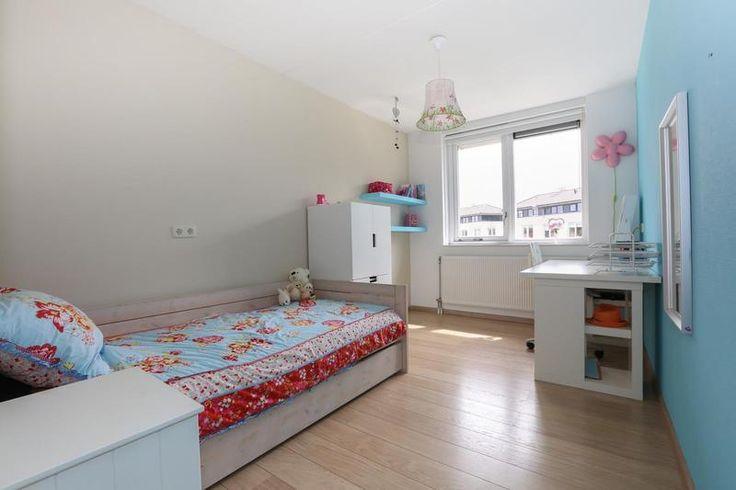 Meer dan 1000 idee n over logeerkamers op pinterest logeerkamers logeerkamer decor en - Deco kamer bruin ...